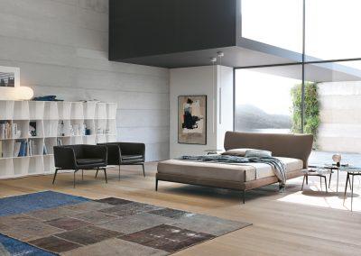 BLR Interiorismo (A07 cama mod May Butaca mod Pady y mesitas T-Gong)