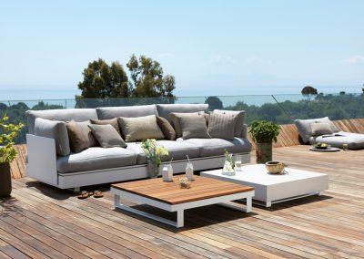 BLR Interiorismo Madrid (V05 Sofa y mesas mod Pure)