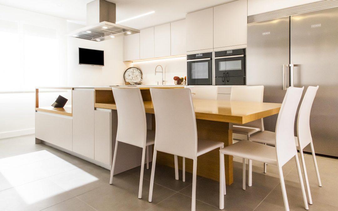 Belleza minimalista en nuestro nuevo proyecto de cocina